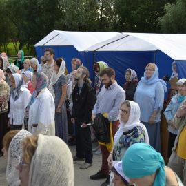 Праздничные богослужения в день памяти Царственных страстотерпцев